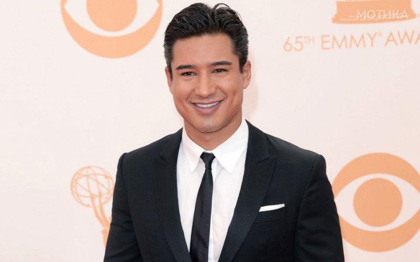10-Celebrities-Who-Are-Extremely-Religious-Mario-Lopez2-1024x640