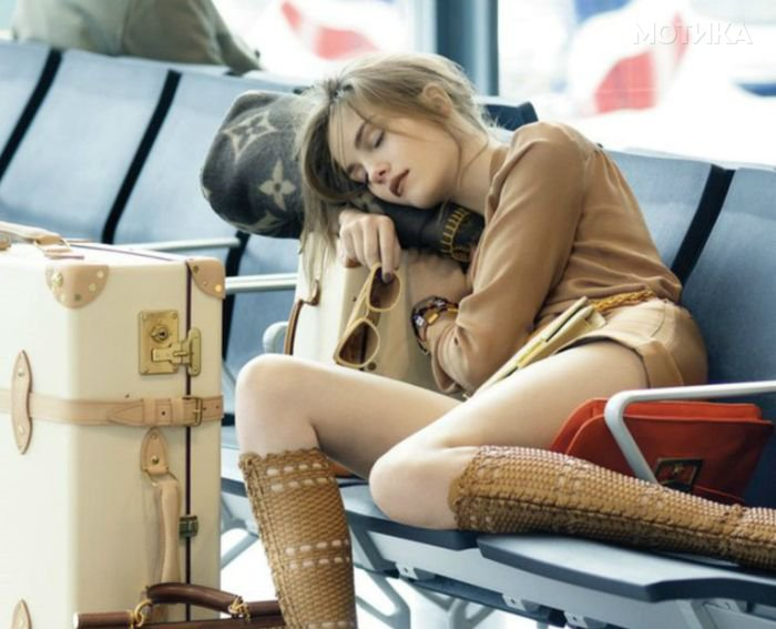 airport_girls_01