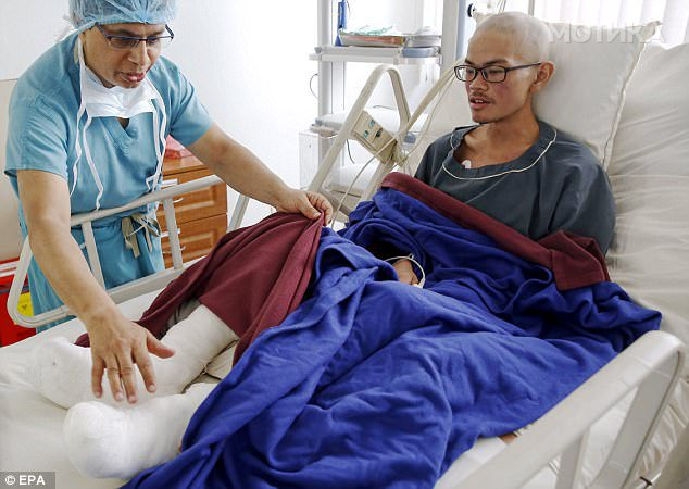 Се водел за исчезнат 47 дена  но го пронашле жив до мртвото тело на неговата девојка  на Хималаите