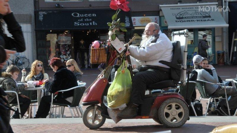 Никогаш повеќе нема да доцниш за работа со новите скутерчиња за дебели луѓе