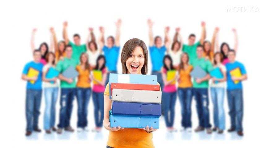 Професорот им дал 15 уникатни домашни задачи на своите ученици кои требало да ги сработат за време на летото