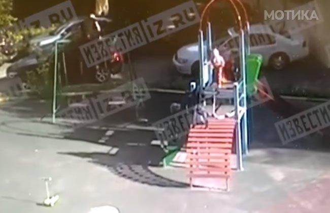 Татковците и мајките конечно го фатија паркуристот кој ги крши играчките на нивните деца