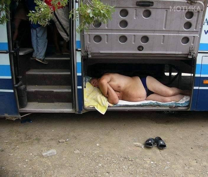 Македонски возач на автобус 90 то ниво
