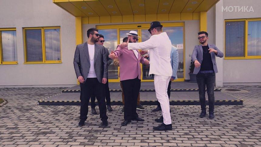 Битолчани во песна ја опеаја фабриката Кромберг и Шуберт